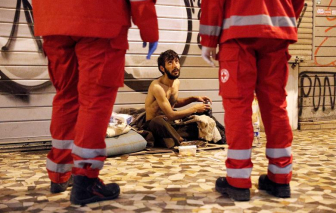 Người vô gia cư vật vã trong đại dịch COVID-19