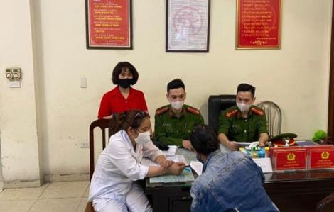 Hà Nội xử lý nhiều trường hợp không đeo khẩu trang nơi công cộng