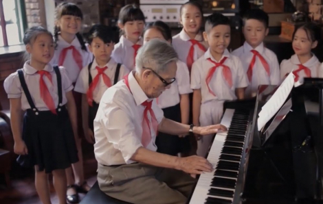 """Tác giả """"Ai yêu Bác Hồ Chí Minh hơn thiếu niên nhi đồng"""" qua đời"""