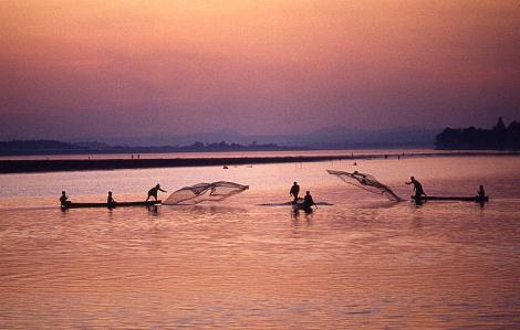 Sông Mê Kông còn nhiều nỗi lo