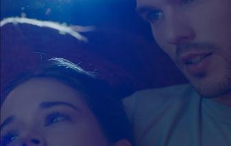 """""""Newness"""": Tình yêu có tồn tại trong mối quan hệ không ràng buộc?"""