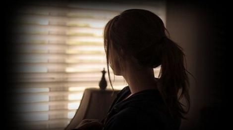 Đối phó với cô đơn khi phải… ở nhà
