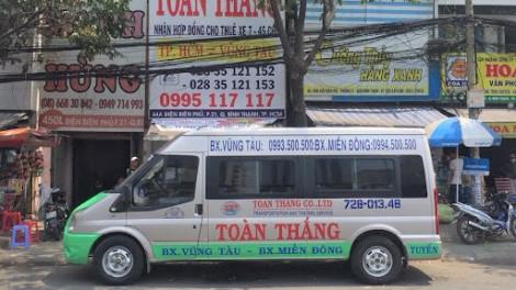 TPHCM tạm dừng hoạt động tất cả xe hợp đồng và du lịch từ 9 chỗ trở lên