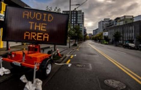 Số ca nhiễm COVID-19 ở New Zealand tăng chậm nhờ các biện pháp mạnh mẽ
