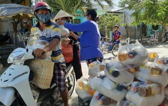 Chia khó với dân nghèo huyện đảo