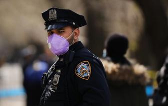 New York đứng trước nguy cơ hỗn loạn khi 10.000 nhân viên cảnh sát, cứu hỏa nghỉ bệnh