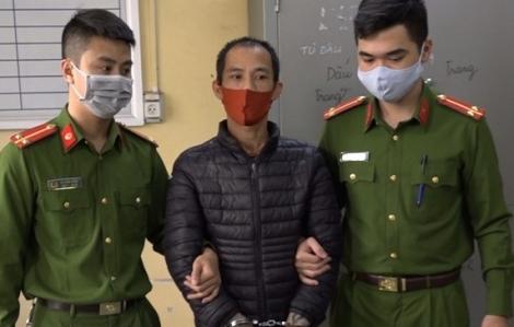Đi nhắc nhở người dân đeo khẩu trang, chủ tịch UBND phường bị đuổi chém