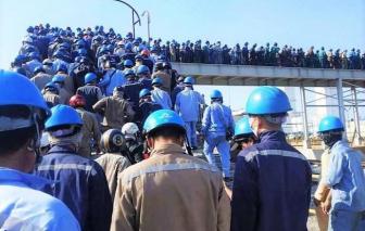 Hòa Phát Dung Quất nói gì việc hàng ngàn công nhân chen nhau vào khu sản xuất?