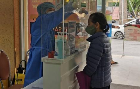 Bệnh viện Phụ sản Hà Nội cách ly hàng loạt y bác sĩ vì bệnh nhân COVID-19 số 243