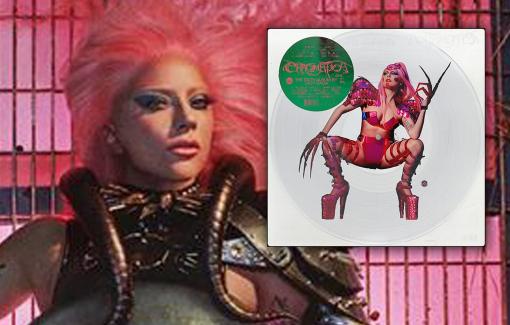 Lady Gaga tái xuất với phong cách quái dị