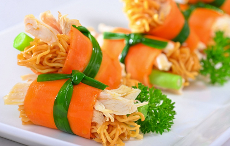 Mì ăn liền trong mùa dịch - ăn thế nào cho khỏe?