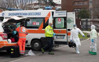 COVID-19 ngày 8/4: Hơn 12.000 nhân viên y tế Ý nhiễm bệnh, Pháp vượt mốc 10.000 người chết