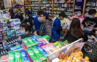 Người nước ngoài ở Hồng Kông ráo riết mua khẩu trang gửi về quê nhà