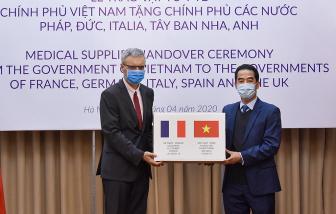 Việt Nam tặng 550.000 khẩu trang cho các nước châu Âu