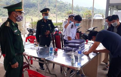 Phó thủ tướng Vũ Đức Đam đồng ý cho 3 người Lào nhập cảnh khẩn cấp về Huế chữa  bệnh