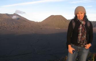 Xót xa cái chết của một nữ bác sĩ Indonesia trên tuyến đầu chống COVID-19