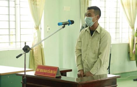 9 tháng tù cho kẻ tấn công tổ công tác khi bị nhắc đeo khẩu trang