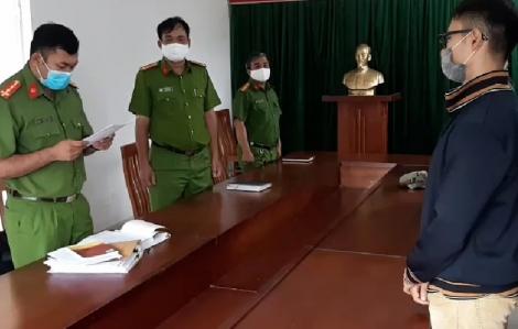 Khởi tố tội chống người thi hành công vụ với đối tượng đánh bảo vệ vì bị nhắc nhở đeo khẩu trang