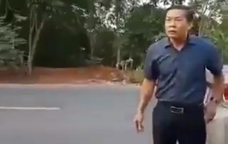 Kiểm điểm Phó chủ tịch HĐND huyện không đeo khẩu trang, văng tục, chống đối lực lượng kiểm dịch