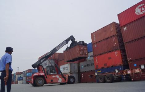 Xuất khẩu gặp khó, thủy sản xin giảm phí