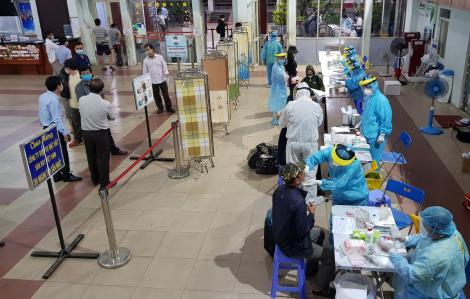 Bệnh nhân người Anh ra viện, chuẩn bị xuất cảnh thì lại dương tính với SARS-CoV-2
