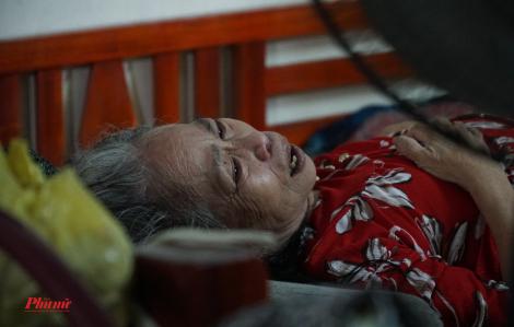 Cả nhà khốn cùng vì tật nguyền, bệnh đau giữa mùa dịch