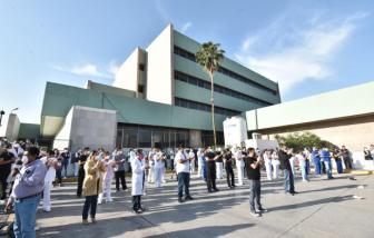 Mexico: Nhân viên y tế được đề nghị không đeo khẩu trang