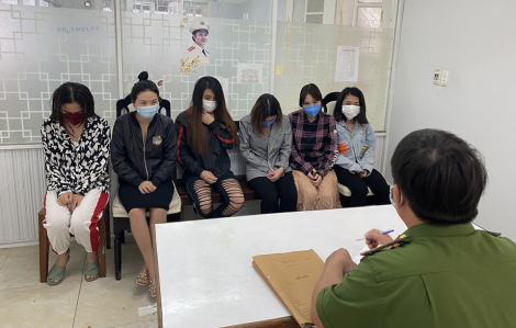 Tạm giữ 6 người trong đường dây mại dâm hoạt động giữa mùa dịch COVID-19