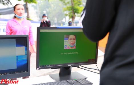Điểm phát gạo miễn phí ứng dụng công nghệ nhận diện khuôn mặt