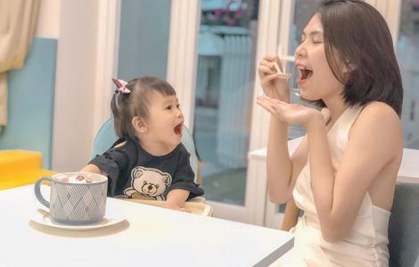 Người mẹ trẻ tự chữa chứng tăng động cho con