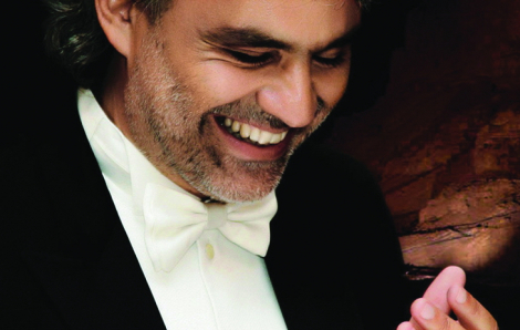 Andrea Bocelli -  Tiếng hát tràn đầy tình yêu và đức tin