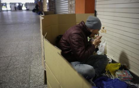 Làng vận động viên Olympic bỏ không, người vô gia cư muốn trú ẩn