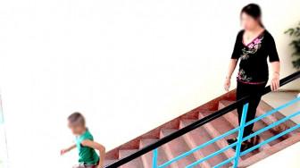 Ở nhà quá dài, nhiều trẻ đột ngột thay đổi thái độ