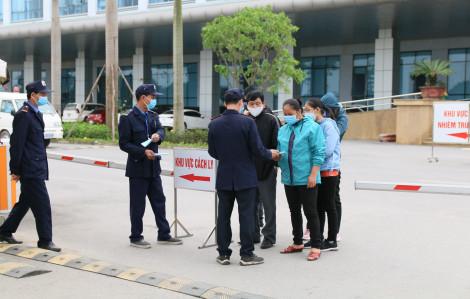 4 ngày liền Việt Nam không có ca COVID-19 mới, 7 bệnh nhân điều trị ở Ninh Bình khỏi bệnh, xuất viện