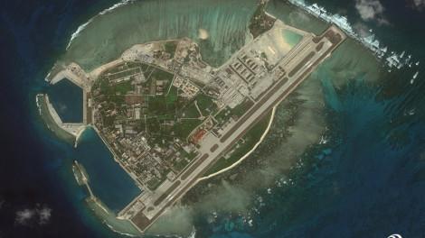 Thừa lúc thế giới lo chống dịch, Trung Quốc làm càn ở Biển Đông