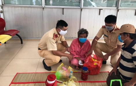 CSGT hiến máu cứu bệnh nhân nghèo ở Bệnh viện Chợ Rẫy