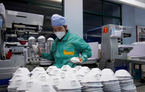 Thị trường vật tư y tế Trung Quốc: Vàng thau lẫn lộn, giá cả leo thang