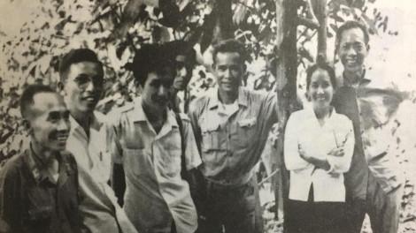 Vợ chồng trung tướng Cao Văn Khánh: Hạnh phúc bình dị ngày toàn thắng
