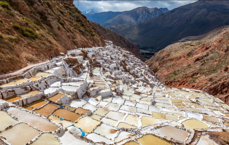 Ruộng muối bậc thang cổ hơn 500 năm tại Peru xinh đẹp