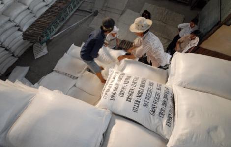 Đề xuất bỏ hạn ngạch xuất khẩu gạo từ 1/5