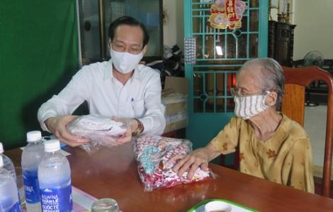 Phó chủ tịch UBND TPHCM Lê Thanh Liêm thăm Mẹ Việt Nam anh hùng, Anh hùng Lực lượng vũ trang nhân dân