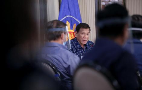 Tổng thống Philippines treo thưởng lớn cho việc chế tạo máy trợ thở