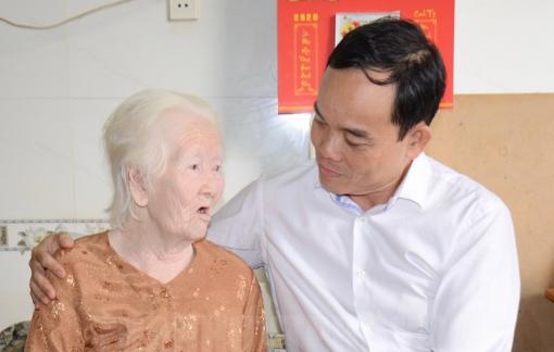 Lãnh đạo TPHCM thăm các cá nhân có thành tích tiêu biểu trong chiến dịch Hồ Chí Minh