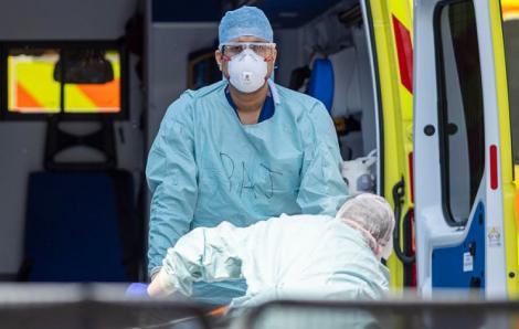 Báo Anh: Máy thở của Trung Quốc có thể khiến bệnh nhân tử vong