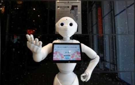 Robot đa năng trong mùa dịch tại Nhật