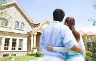 Chồng muốn bán nhà để trả nợ cho em trai