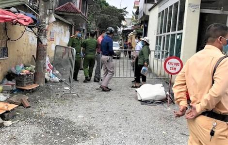 Hà Nội: Trường hợp sốt cao khiến khu vực 600 dân bị cách ly đã âm tính với SARS-CoV-2