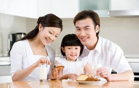 Vợ muốn nhận con nuôi ở tuổi xế chiều