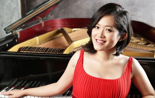"""Nghệ sĩ dương cầm Trang Trịnh: """"Hơn cả nghĩa vụ, là phẩm cách của nghệ thuật"""""""