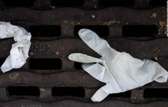 """Trái đất """"gánh"""" lượng rác thải nhựa khủng từ đại dịch COVID-19"""